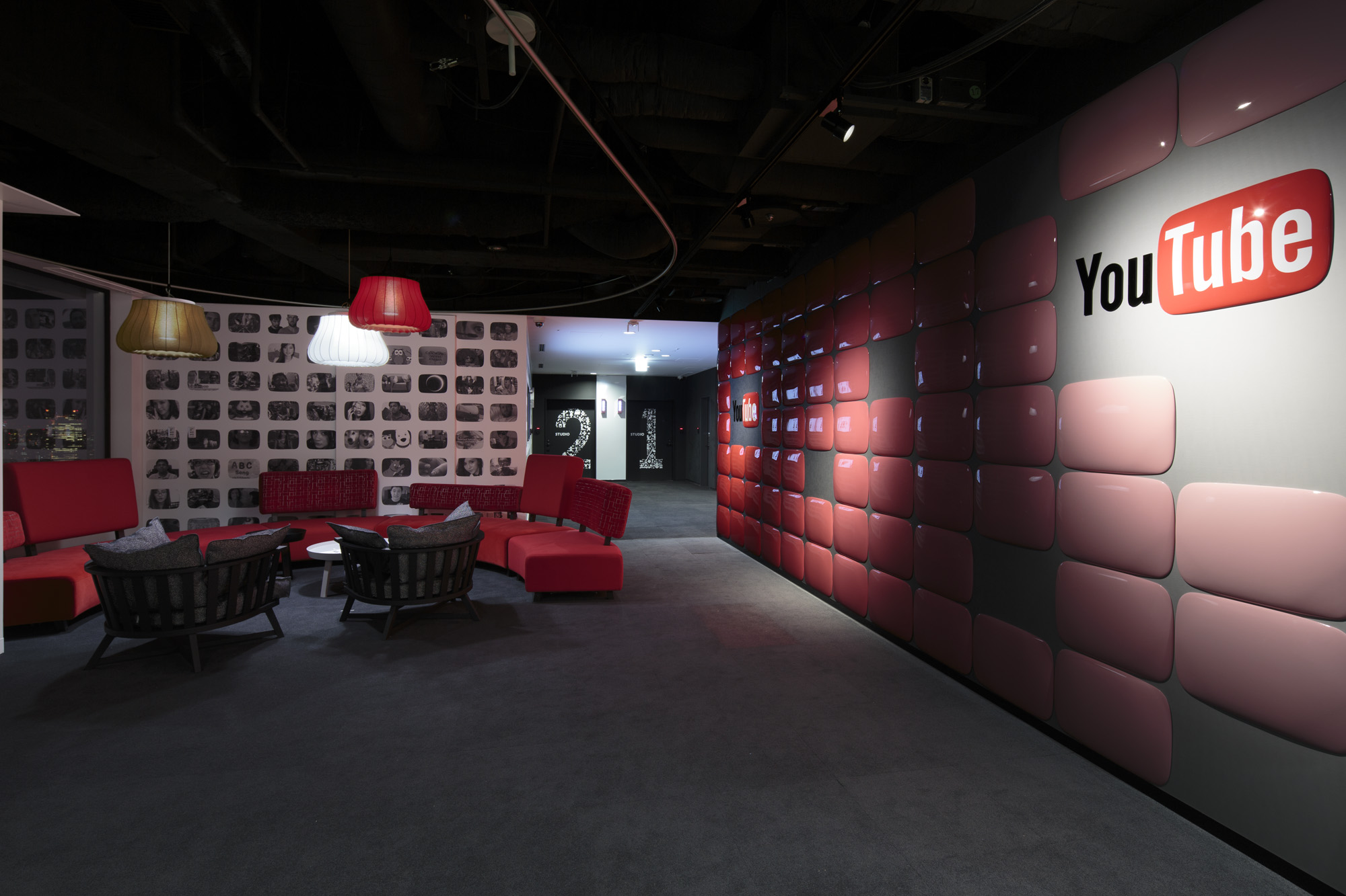youtube-space-in-tokyo