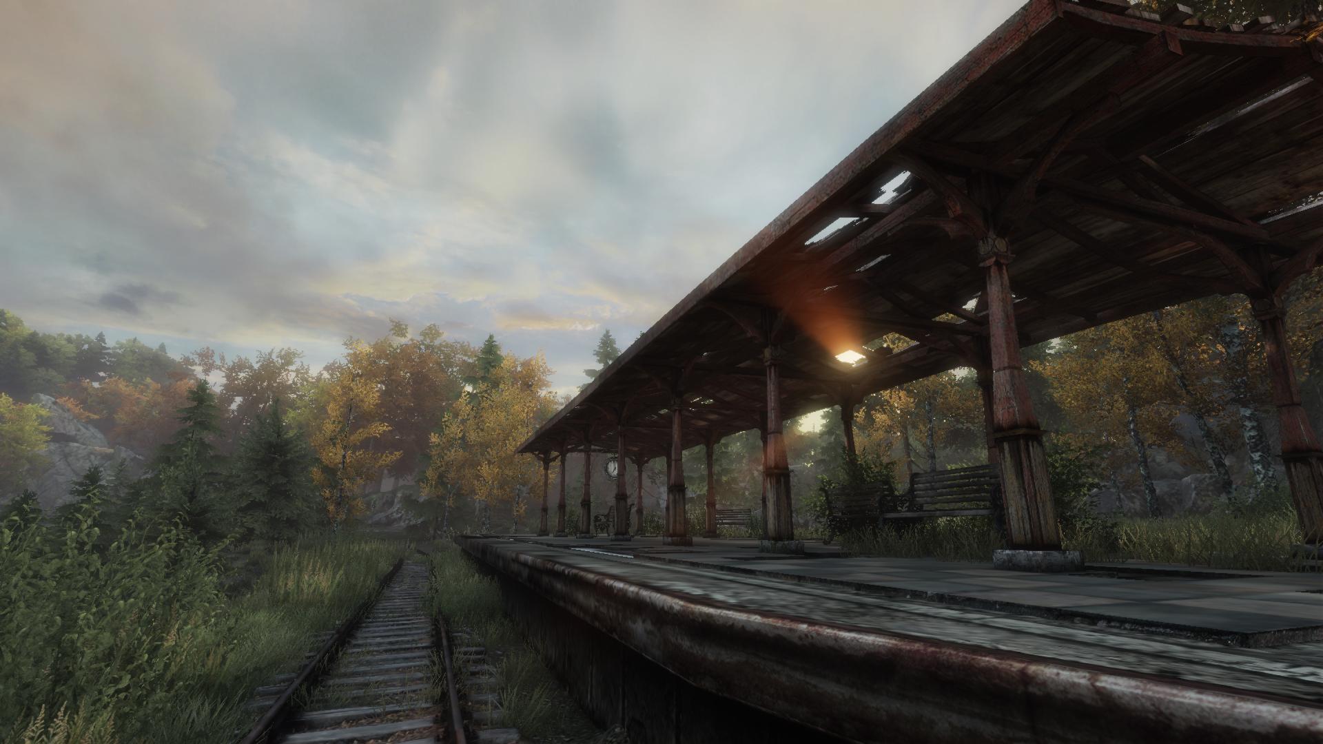 Ein verlassener Bahnhof in der Abendsonne - schön und schaurig