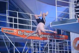 Simon Desue und ApeCrime beim TV Total Turmspringen 2014