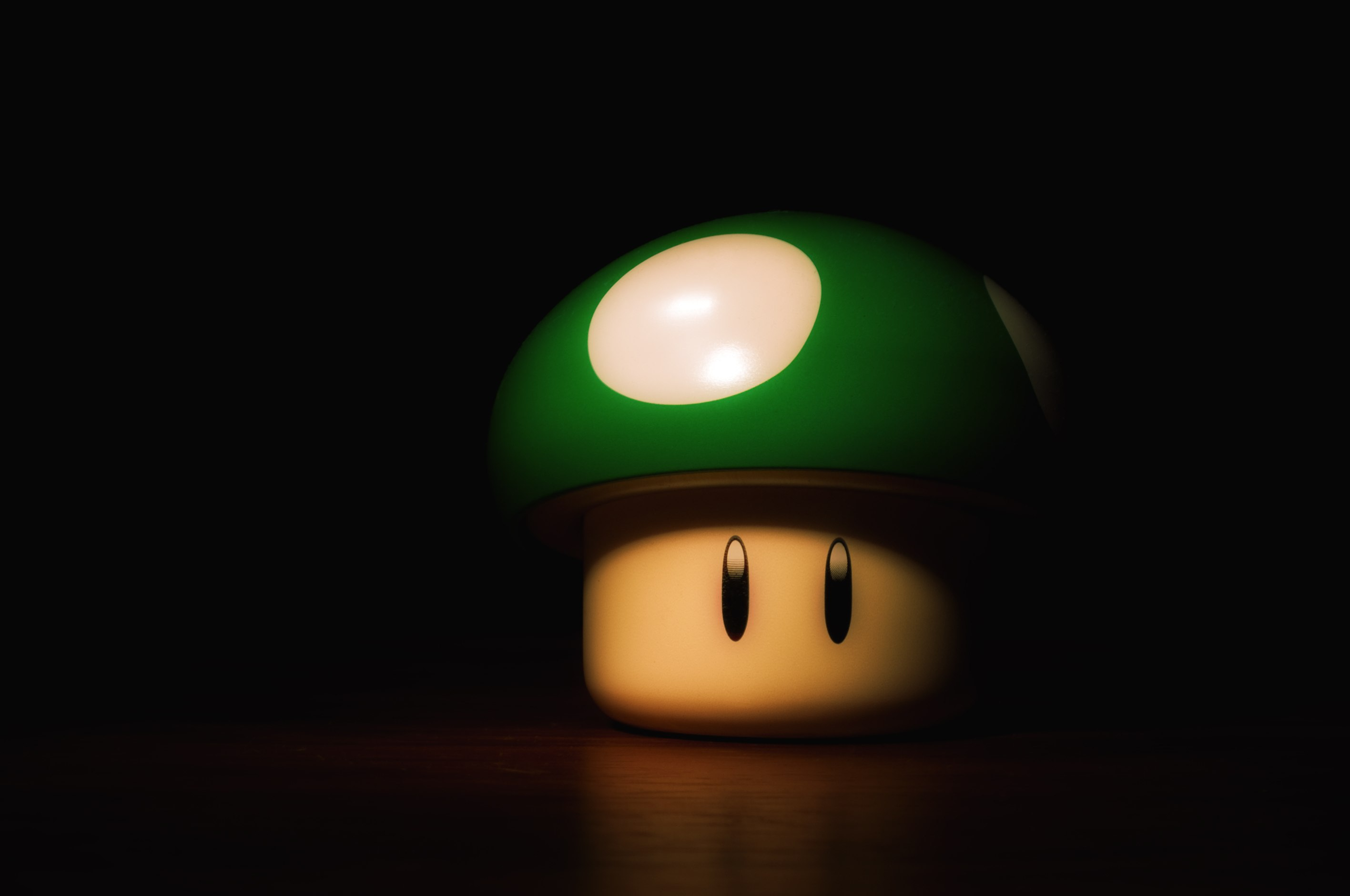 Lol-and-funny-pics-wallpaper-hd-super-mario-fungo-the-masked-gamer